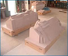 製造部署で素材製作 マスターモデル・木型・5軸加工